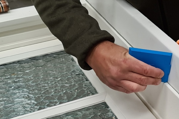 Installing window cills
